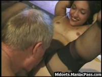 Pervert fucks his midget gf