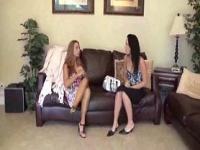 Trio de lesbiennes pied de culte
