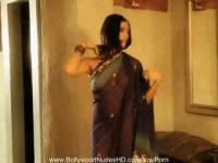 Bollywood Girlfriend Is True HD