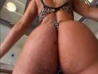 Melanie Crush can't get enough big black dick