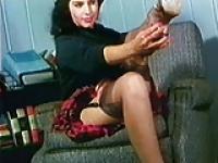 DON'T BE CRUEL - vintage stockings striptease music video