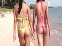 Sexy junge Thai-Girls in String-Bikini