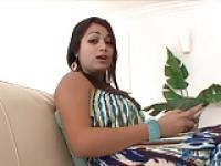 Curvy Latina riding dick 420
