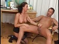 Healing his erectil dysfunction with the female doctor