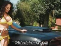Cock loving car washer Ava Addams enjoys wet fun