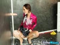 Wam slut gets facialized