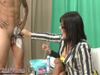 Mature femdom babe shaves loser