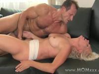 weiblicher orgasmus video abspritzen Porn Video