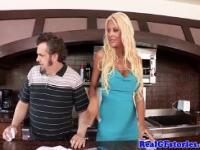 Bimbo housewives double penetration threeway