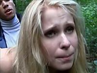 Inexperienced blonde gets a pounding in the park