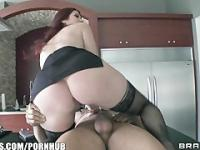 Real estate agent with HUGE natural-tits is fucked by her client