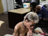 Black man let the pawn man fuck her BF for being desperate