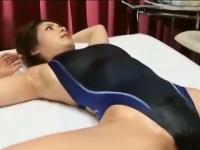 Heiße asiatische Schlampe ficken