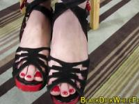 Babes feet worshipped