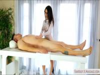 Big tits masseuse screwed by her client