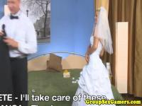 Wedding dress bride pussylicked playing game