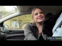 Teen Alessandra Jane schlug im Auto