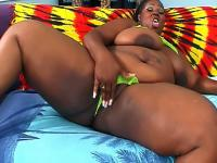 Chubby black bitch gets her wet pussy boned