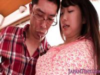 Petite Japanese babe takes cum in mouth
