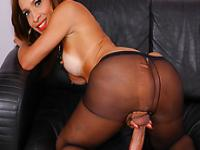 Sexy tranny Gabrielli Bianco needs a huge cock