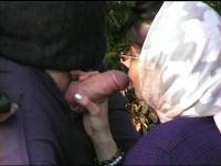 Arab Non-Professional Sucks Thick 10-Pounder