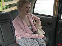 Pervy pilote livres Euro fille chaude chatte serrée de Paiges
