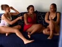 3 Amateur Lesbian Girls