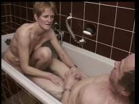 Hot FFM in the bathtub