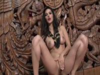 Sunny Leone never bored on the channel