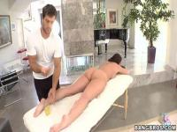 Beauty babe with fat, sexy ass is fucked on a naked massage