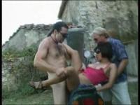 Trio sur une moto