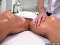 Tasha's pussy gets fucked after a naked massage