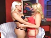 Shemale & Girl having sex