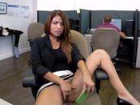 Playful girl with trimmed pussy gets pounded by office worker