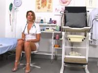 Naughty nurse brings her favorite sex toys at hospital