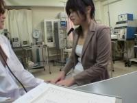 Perverted dildo fuck for a Jap hottie during Gyno exam