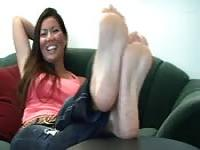 Asian girl shows off feet!