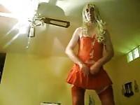 Mature man enjoys to dress as a woman