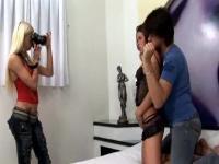 TS photographer looks hot in threesome fun