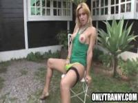 Shemale Adryella Vendramine jerking off outdoors