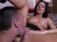 Milf is acting in dick sucking sex movie