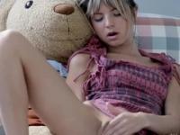 European playgirl Gina Gerson in masturbation porno video
