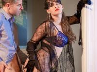 Kendra Star is a glamour minx