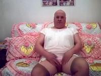 Fat girlsy posing #2