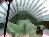 Pussy close up voyeur cam in solarium