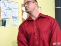 Gay Twink Arsch split CPR Hahn tief in die Kehle und nackten Ping-Pong