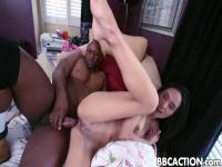 Tia Cyrus Pussy Stretched By Black Cock