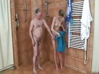 Alter Mann ficken tiny Teen