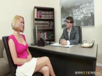 Zucker blonde Krissy Lynn in Fußfetisch XXX Video