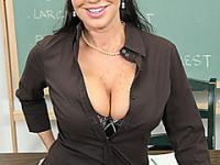 Big pussy mature teacher gets facial cumshot in classroom